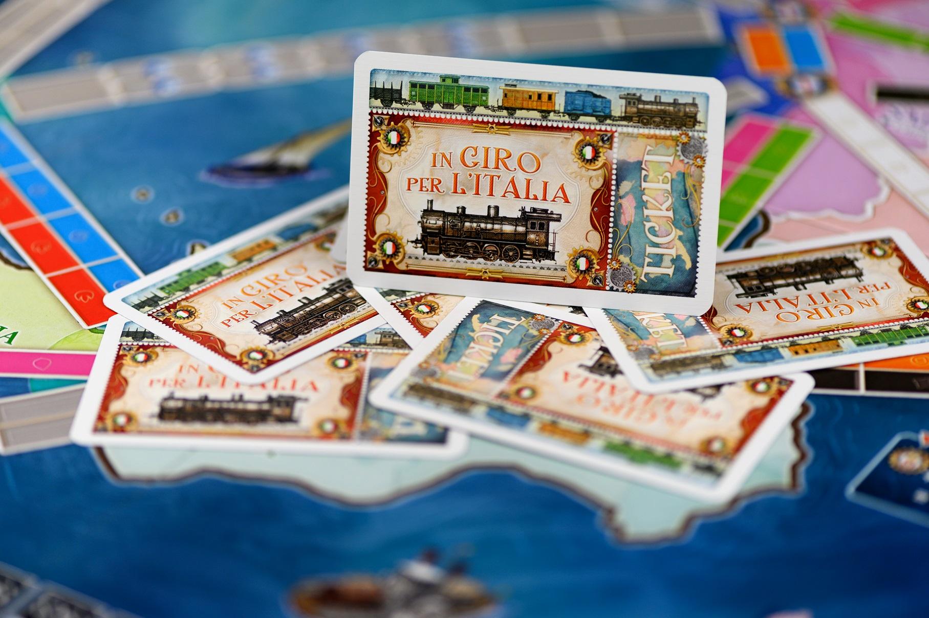 Dodatek zawiera również mapę Włoch.