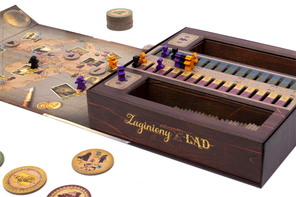 Ciekawie zaprojektowane pudełko stanowi również planszę do gry.