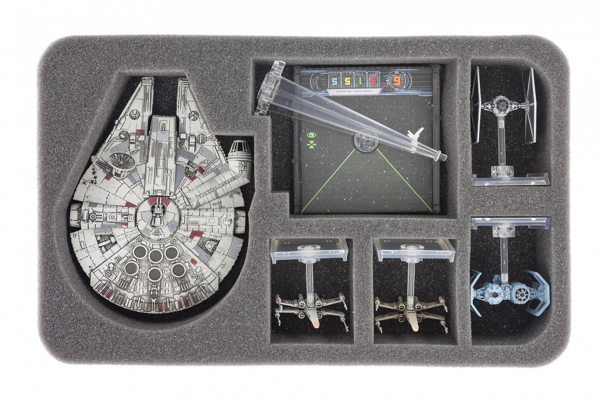 Feldherr Gąbka na X-Wing: Millennium Falcon (6 otworów)