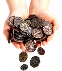 Zdjęcie przedstawia wszystkie 8 typów tematycznych monet (nie tylko Cthulhu).